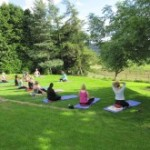 outdoor-yoga-space-225x165-150x150
